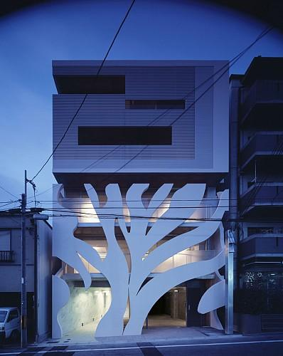 The most modern trends are incorporated in this architecture project in Sumizome