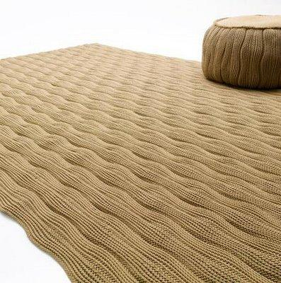 The modern carpet is a must have thing!