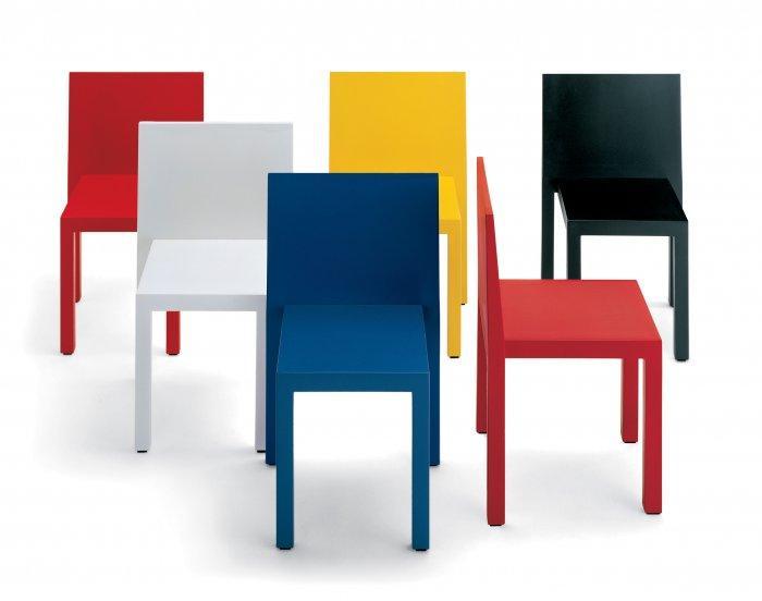 Uno chair design by Carlo Bartoli