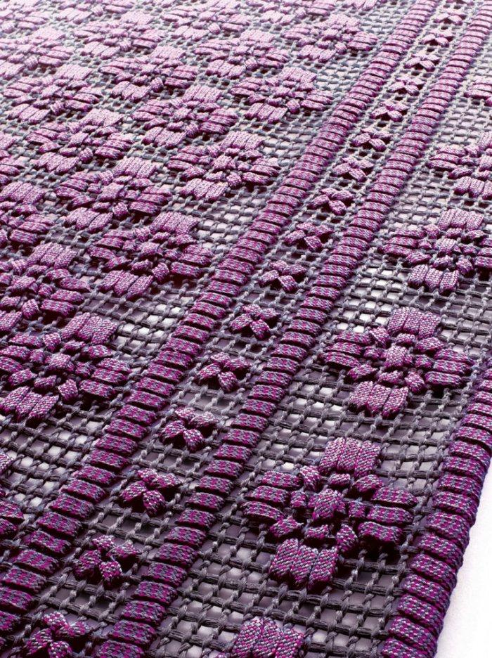 Paola Lenti used all her imagination to create the carpet