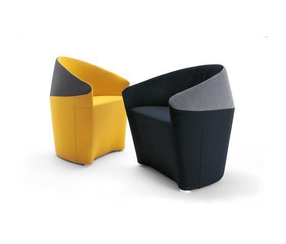 Borton lounge by Roberto Romanello