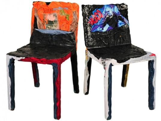 The avantgarde accent in the chairs is designed by Casamania