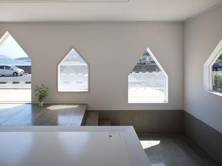 All the windows are designed by Tanijiri
