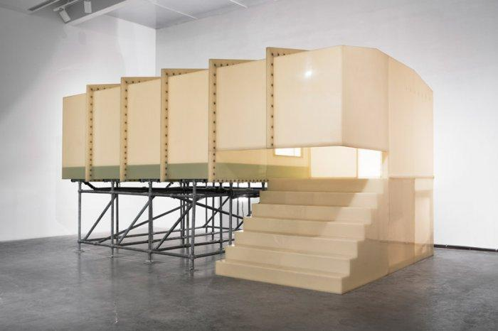 Contemporary Architecture instalation – such king of art can often be seen in the museum in New York.
