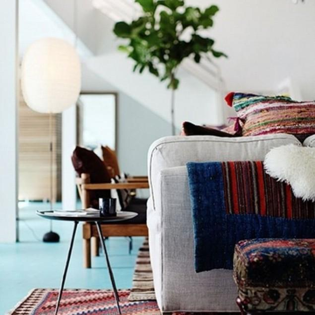 A pop of color in the interior