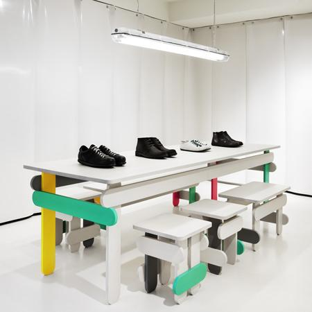 And now, all the shoes from Camper look amazing, when they are displayed on this colorful shelf.