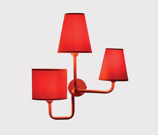 The design of this lighting furniture is made by Luis Eslava.