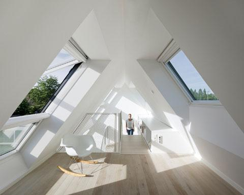 The interior is organized in such a way, that the house is not using a lot of power.