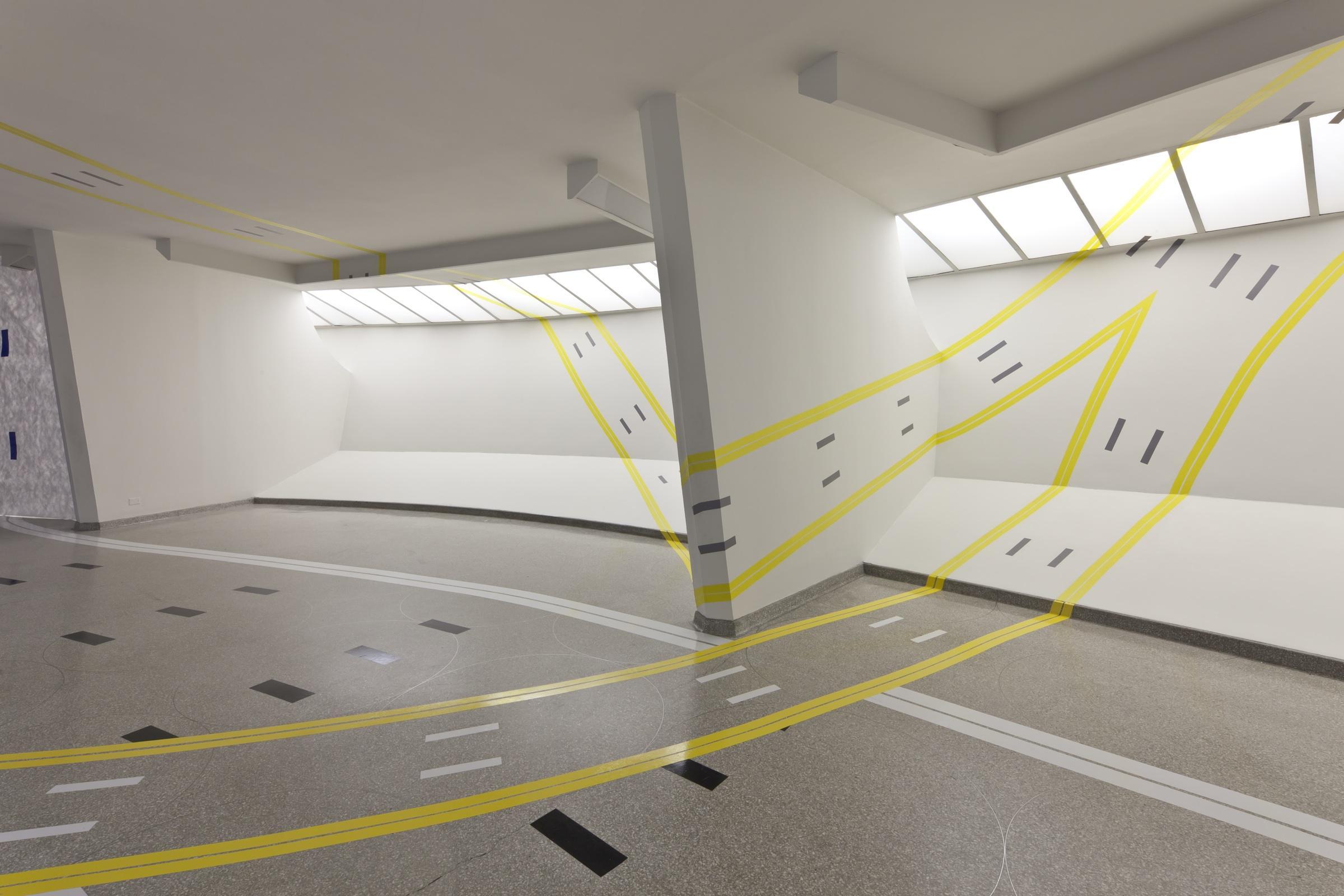 Modern Architecture The Guggenheim Museum In New York