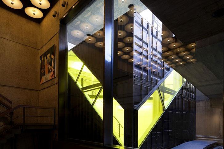 The contemporary Art studio space design.