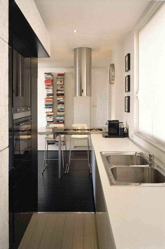Small studio apartment interior design in rome italy for Interior design studio roma