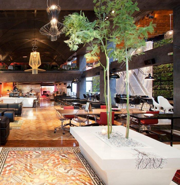 Coffee Shop Decor and Interior Design in Athens | | Founterior