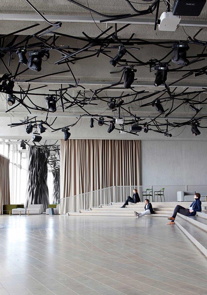 Lounge - Modern Club Interior Design - Electric, Paris