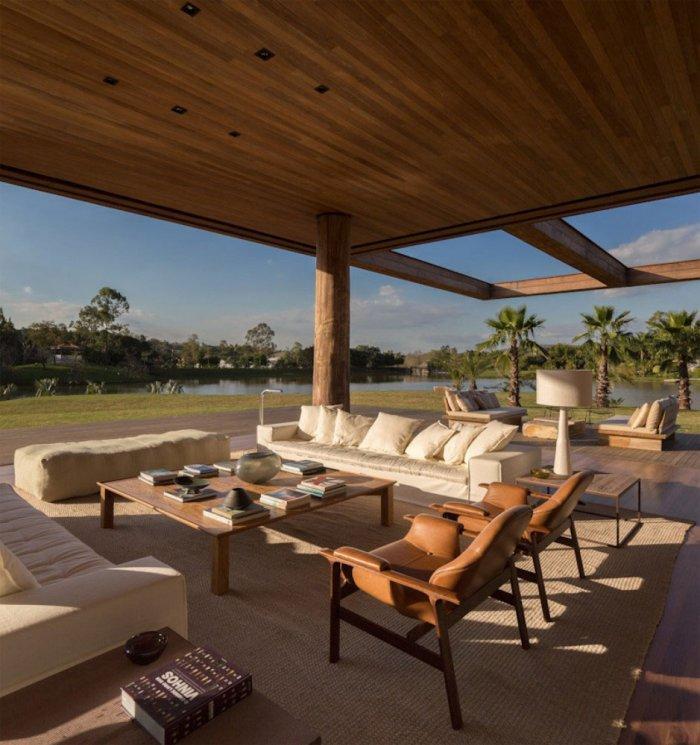 Modern Porch – Beautiful Contemporary Summer House Design in Brazil