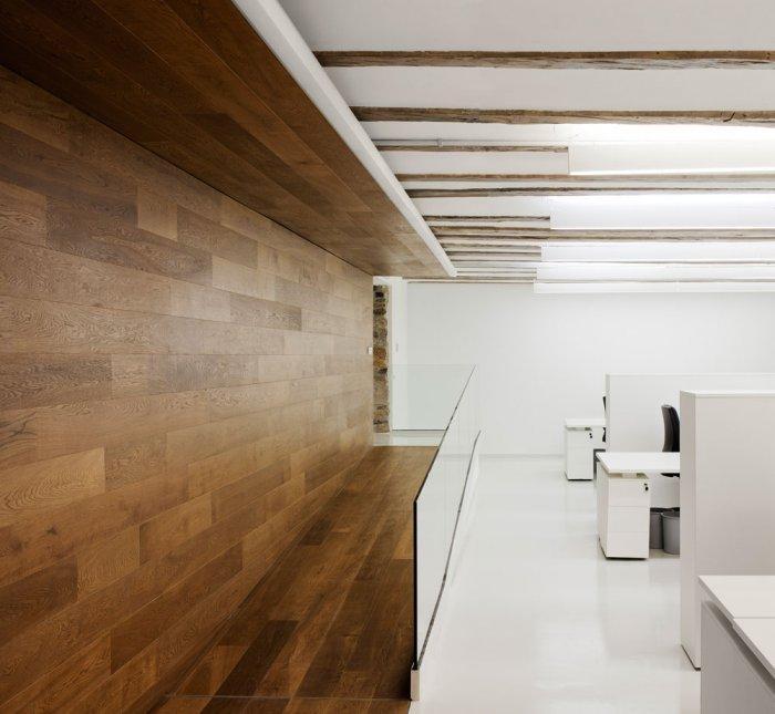 Modern Study Room - University of Duesto with Renewed Interior Design