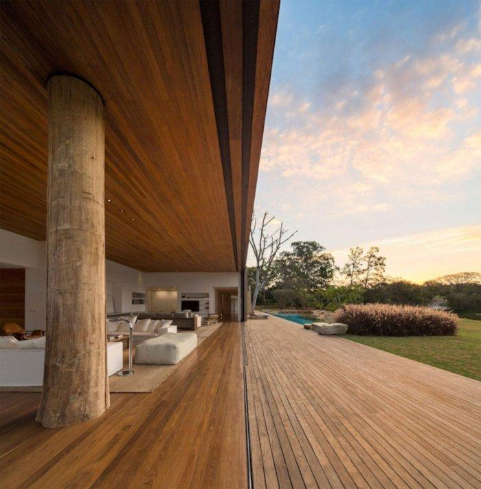 Open Living Room – Beautiful Contemporary Summer House Design in Brazil