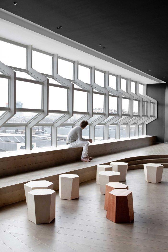 Rock Cafe - Modern Club Interior Design - Electric, Paris