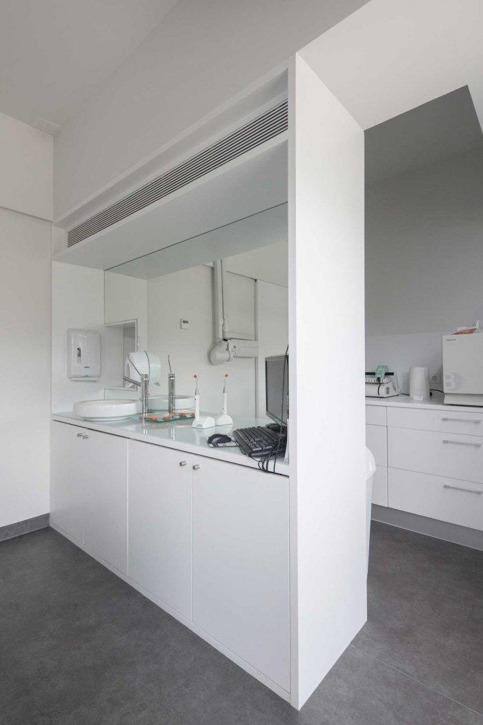 Stomatology Room - Stylish and Modern Dental Studio Design in Portugal