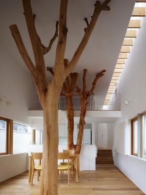 The amazing interior design and architectural design of a house by Ogawa