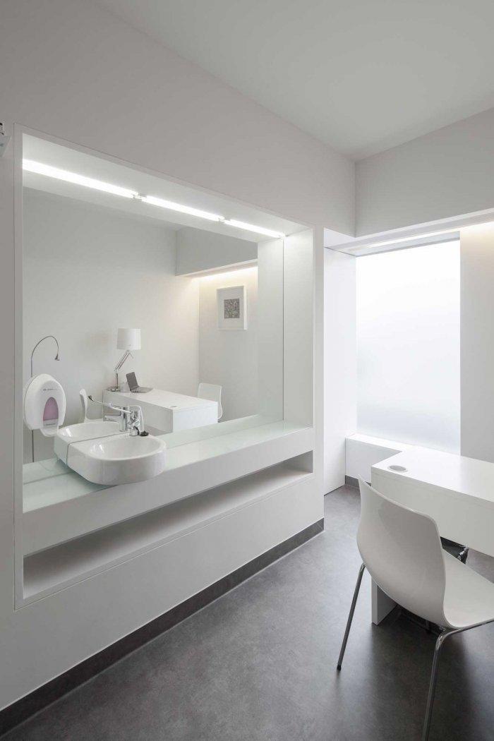 Waiting Room 2 - Stylish and Modern Dental Studio Design in Portugal
