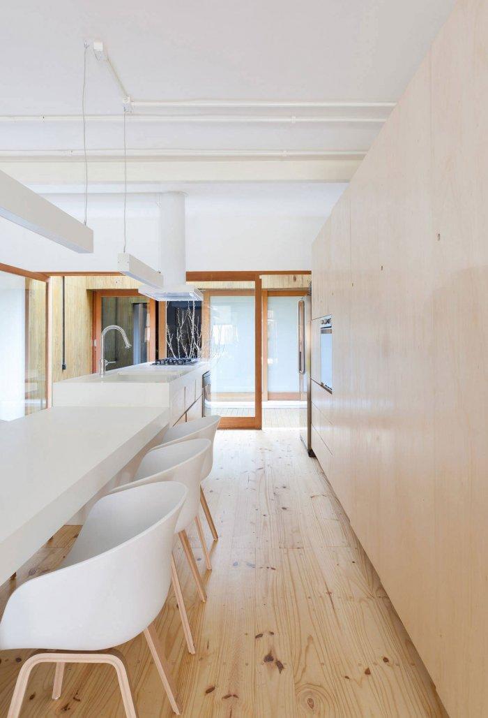 White Interior - Modern Breezy and Cozy Home in Sao Paolo, Brazil