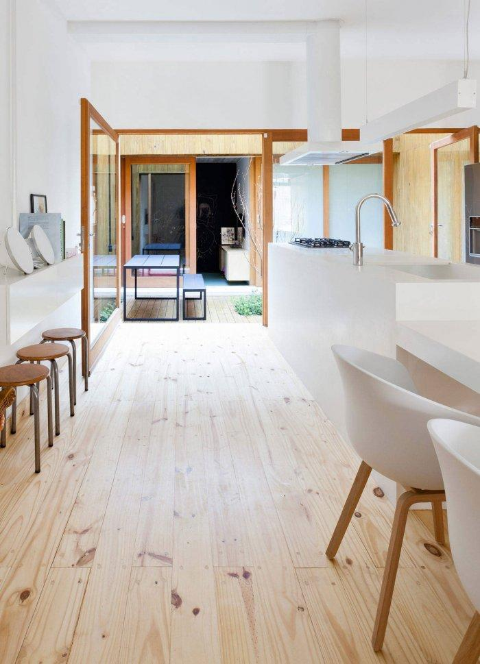 Wooden Laminate - Modern Breezy and Cozy Home in Sao Paolo, Brazil