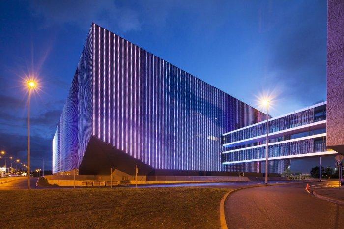 Facade - Amsterdam's Contemporary Architecture - Тhe Ziggo Dome