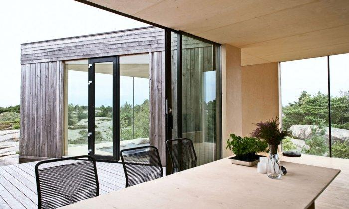 Contemporary Home - Lovely Small Summer House by the Ocean