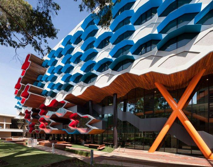 Creative Facade - Modern Educational Building Design - The La Trobe LIMS