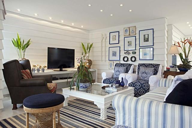 Eclectic Living Room Design - Gorgeous Coastal House on the French Riviera