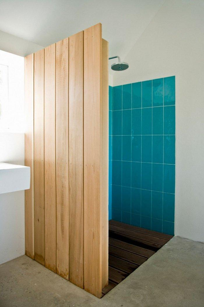 Bathroom - Small Scandinavian Eco House Nested in Österlen