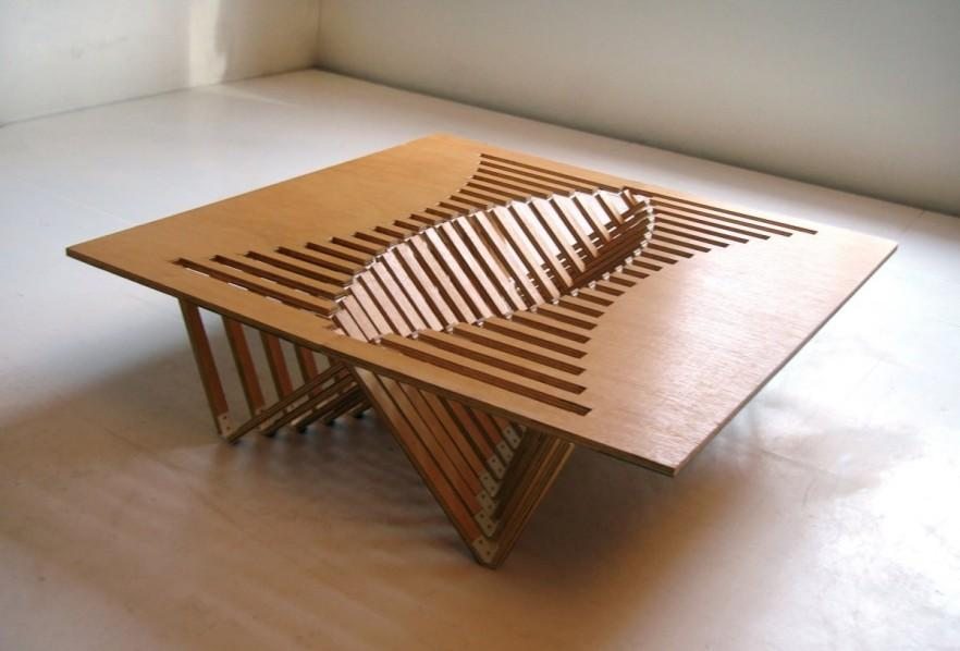 Intriguing Creative Design – A Flexible Wooden Table