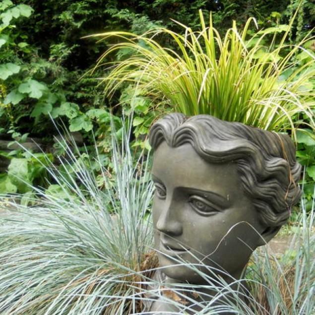 Statue - Garden Decor Ideas - Unique and Fresh Examples