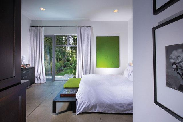 Bedroom - Green as a Decorative Accent in Home Interior Design