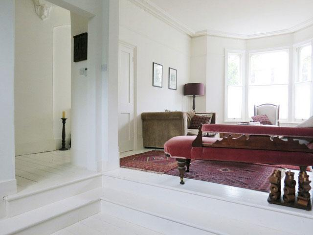 Living Room Design - Neat Victorian London Home with Contemporary Interior
