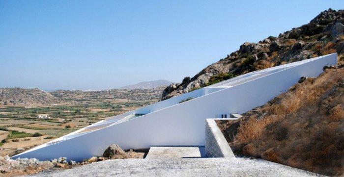 House Design - Unbelievable Mediterranean Summer Villa in Naxos, Greece