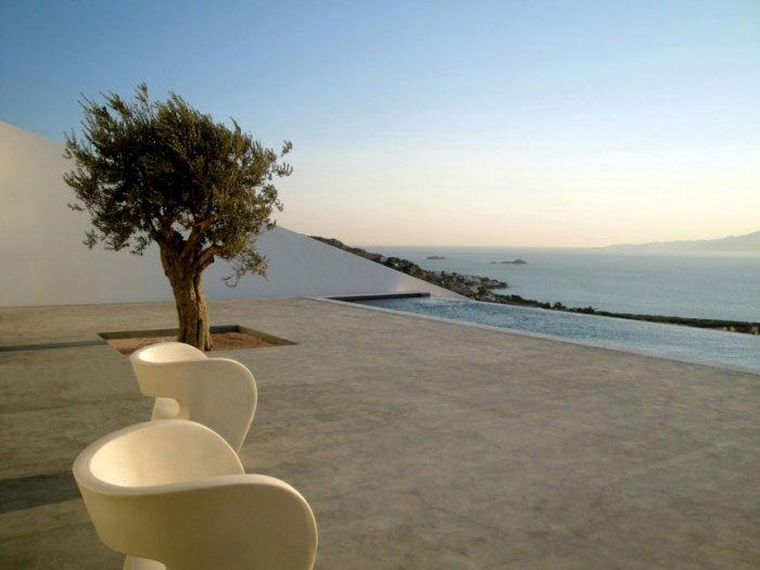 Unbelievable Mediterranean Summer Villa in Naxos, Greece