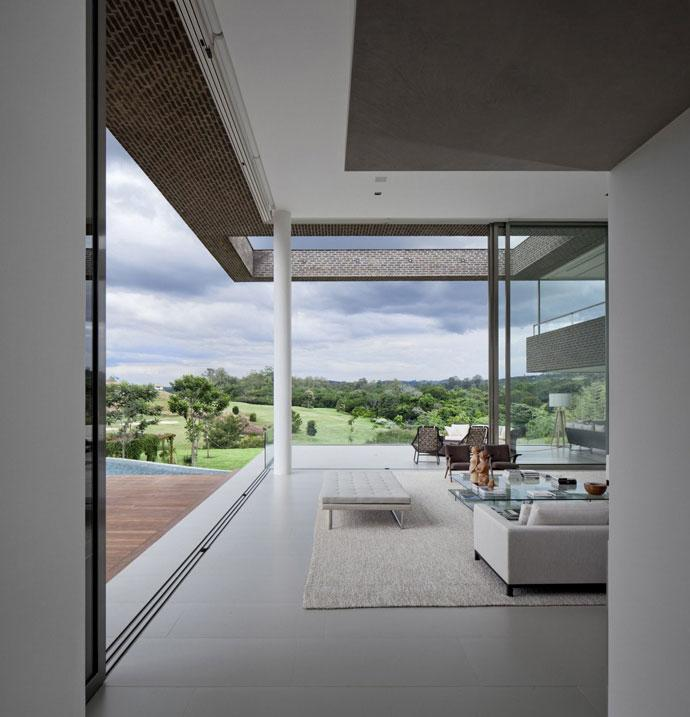 Open Living Room - Luxury Countryside Contemporary House near Sao Paulo