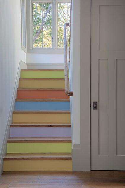 Painted Stairs - Low Budget Spring Decorating Ideas for a Sunny Life