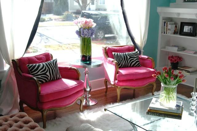 Pink Armchairs - How a Colorful Chair can Decorate your Living Room
