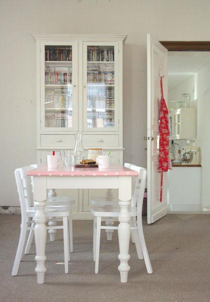 Pink Dotted Table - Neat and Cozy 19th Century Belgian Home Interior