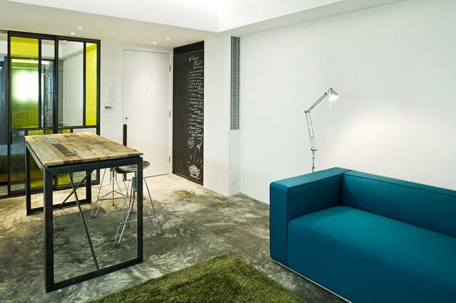 Small studio apartment interior design in hong kong for Apartment design hk