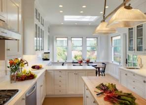 10 Examples of White Kitchen Interior Design Ideas