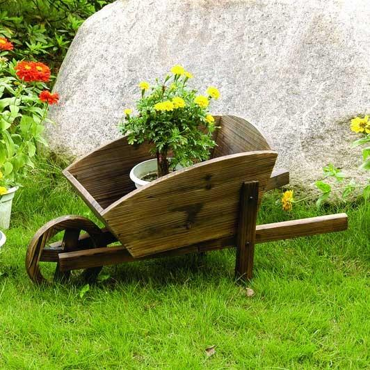 Wooden Patio Cart - How to Decorate a Garden without Patio Furniture?