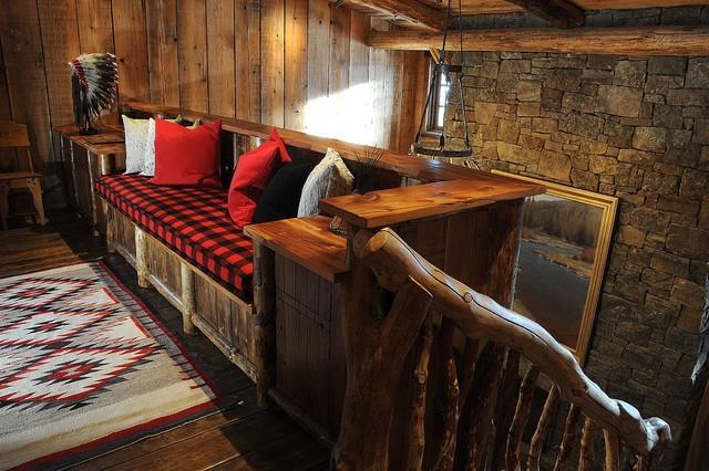 Comfortable rustic sofa in a lodge in Montana, USA