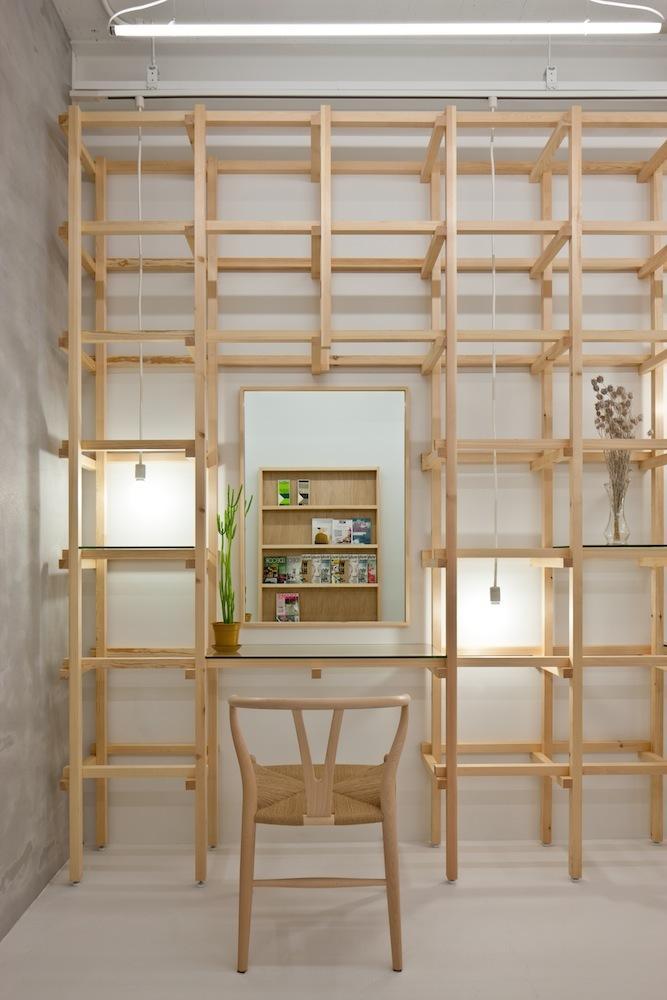Contemporary Fashion Salon Design - Simple and Exciting Interior Design