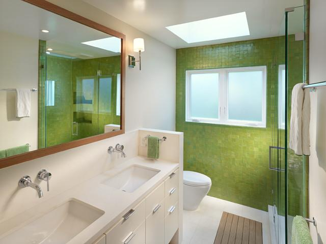 10 Stunning Contemporary white and green bathroom design Ideas for a Lovely Home