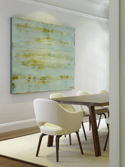 10 Stunning Dining room interior with white walls and an abstract painting Ideas for a Lovely Home