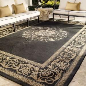 Outdoor Patio Ornamented Muslim Carpet - Summer Garden Party and Fun Ideas, Tips and Examples