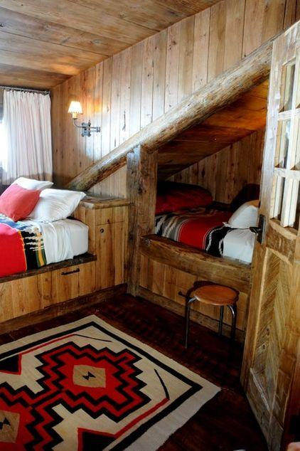 Mountain lodge rustic interior design in montana usa for Native american interior design